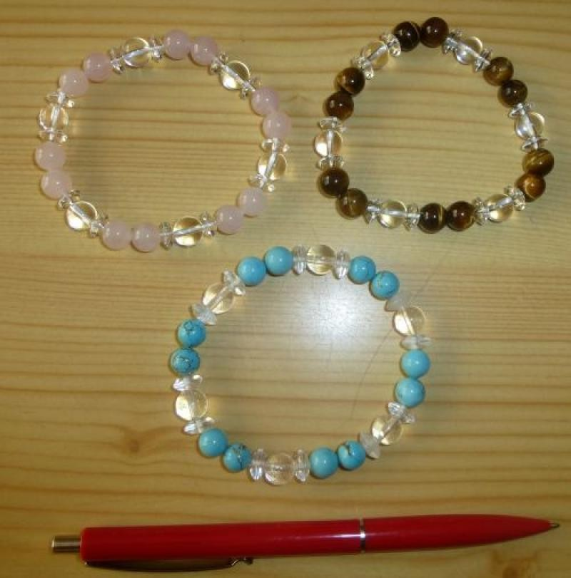 Wrist band with mountain quartz and tigers eye, spheres 1 piece
