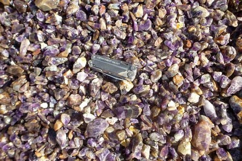 """Amethyst, larger, pure pieces """"L"""", Zambia, 100 kg"""