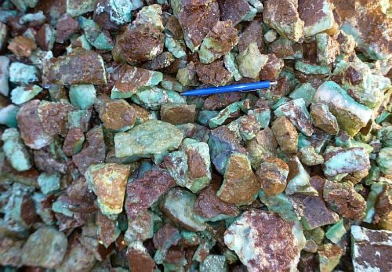 Chrysoprase, Tanzania, 100 kg
