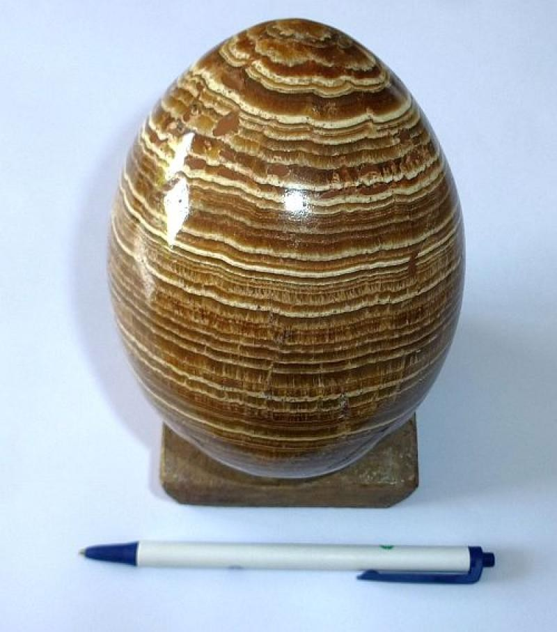 Aragonite egg, yellow-brown, banded, large, 1 piece