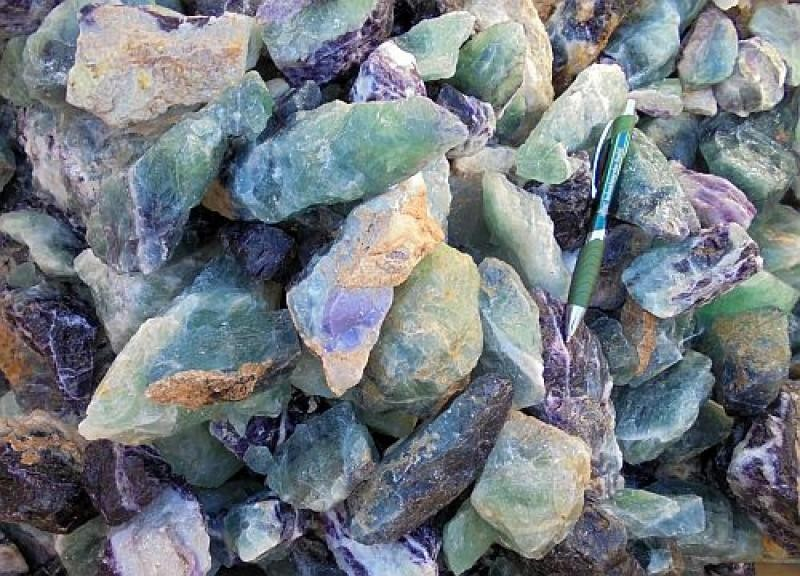 Fluorite (multicoloured, carving grade), Uis, Namibia, 100 kg