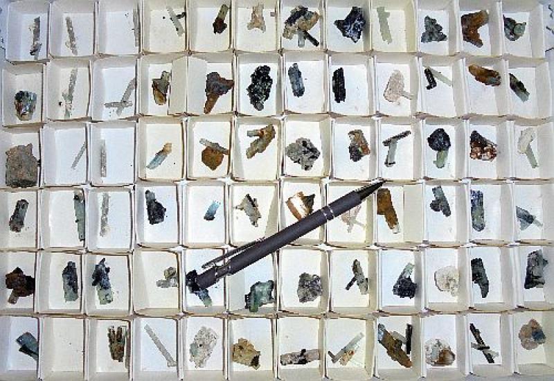 Aquamarine X, Erongo, Namibia, 1 flat with 72+ specimen