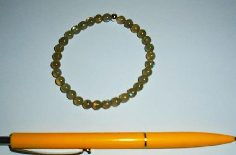 Wrist band, labradorite, 6 mm spheres, with real silver sphere, 1 piece
