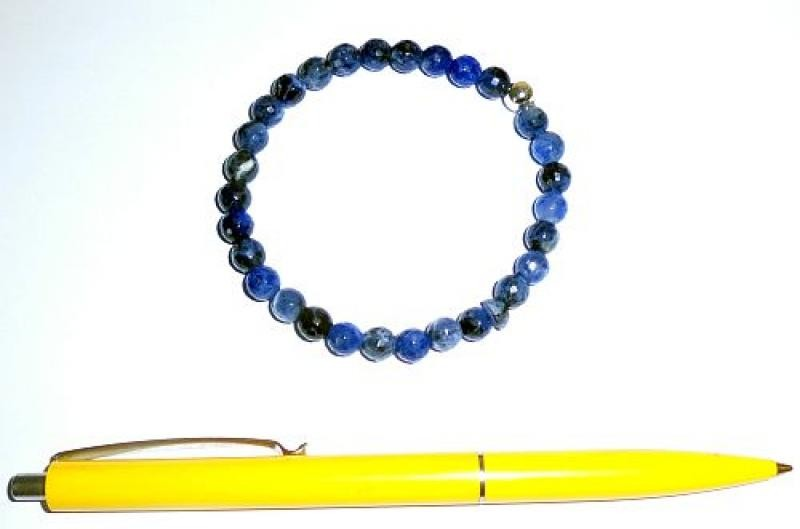 Wrist band, sodalite + silver, 6 mm spheres, faceted, 1 piece