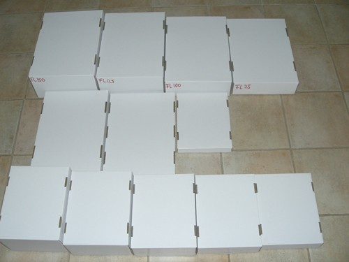 white corrugated card board flats (folding typ, half size) 2.0 inch tall, 100 pieces