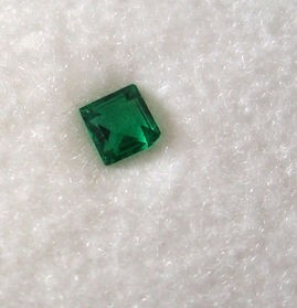 Glass doublet rectangular, green, 3 mm