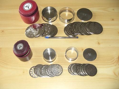 Sieve small, set of 32 inlays