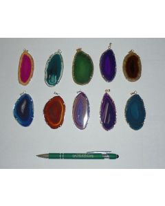Agate-slice with metal setting (silver)