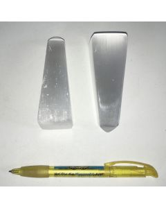 Selenite mountain, obelisk, polished, 8 to 10 cm, 1 piece
