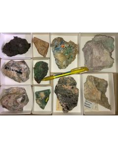 Shop rocks for tourists (mixed, colourful, high quality) 1 flat (#11)