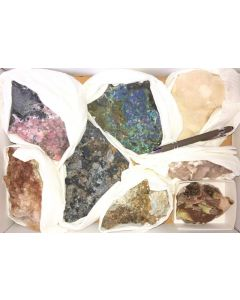 Tsumeb minerals from an old collection, 1 flat with 8 specimen